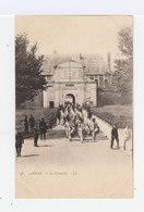 Arras. La Citadelle. Régiment Avec Fanfare. (3171) - Casernes