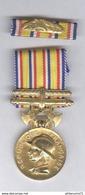 Médaille D'Honneur Des Pompiers Modèle Or - Poinçons 1* + Barette De Rappel - Pompiers