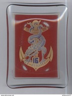 Cendrier Verre 16ème RIMA Régiment D'Infanterie De Marine - Très Bon état - Verre