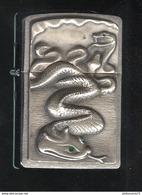 Briquet Zippo - Serpent Aux Yeux D'émeraudes - Très Bon état - Zippo