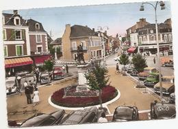 36  Indre  : Argenton Sur Creuse  Place De La République     Réf 5206 - Autres Communes