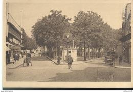 CPA  Chalon Sur Saone - Place Maréchal Pétain (Place De Beaune Aujourd'hui) - Non Circulée - Chalon Sur Saone