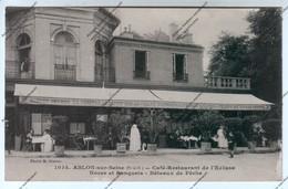 CPA ABLON SUR SEINE (94) : Café Restaurant De L'Ecluse - Noces Et Banquets - Bâteaux De Pêches (bière GRUBER) - Ablon Sur Seine