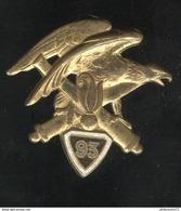 Insigne 93ème RAM Régiment D'Artillerie De Montagne - Drago Paris - Variante Chiffre Sur Fond Vert Sombre - Army