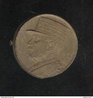Badge Bakélite Pétain Avec épingle Métallique - Diamètre 28 Mm - Circa 1941 - Andere