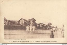 CPA  Madagascar - Majunga - Coin Du Village De Mahabibo -  Circulée 1934 - Madagascar