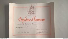 Diplôme D'Honneur Du Salon Des Métiers De Bouche Aux Poulardiers De Bresse - 1983 -  40 X 50 Cm - Dokumente