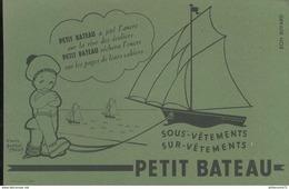 Buvard  Petit Bateau - Sous Vêtements - Sur Vêtements - Très Bon état - Textilos & Vestidos