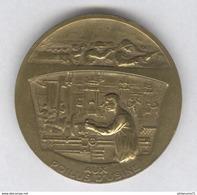 Médaille Aux Poilus D'Usine - Par Le Soldat , Par L'ouvier , La Victoire - Très Bon état - France