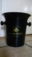 CHAMPAGNE LUC BETOUZET - OLIZY VIOLAINE - SEAU RAFRAICHISSEUR Publicitaire - Plastique NOIR & OR - VINTAGE - Autres Collections
