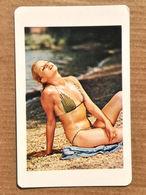 """Calendar Card - Hungary - 1971-1993 7 Differents Sexy Girls - Petit Format : 1961-70"