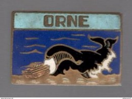 Insigne LST Orne - Landing Ship Tank - Péniche De Débarquement - Augis 28 Saint Barthélemy - Marine