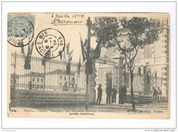 CPA Hyères - Caserne Vassoigne - Entrée Principale - Circulée 1904 - Hyeres