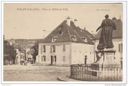 CPA Nolay - Place De L'Hôtel De Ville - Dos Divisé - Circulée - France