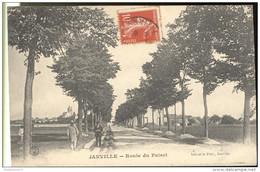 CPA Janville Route Du Puiset - Circulée - Non Classés