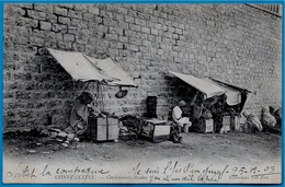 CPA Algérie CONSTANTINE - Cordonniers Arabes ° ND Phot ** Petit Métier Cordonnier - Constantine