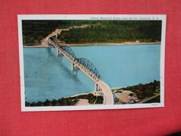 Lincoln Memorial Bridge From The Air North Dakota > Bismarck      Ref. 3082 - Bismark