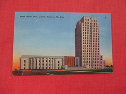 State Capitol    North Dakota > Bismarck      Ref. 3082 - Bismark