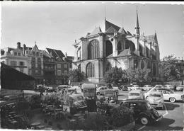 Montargis Place Mirabeau Automobiles - Montargis