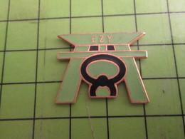 812a Pin's Pins : Rare Et Belle Qualité : THEME SPORTS : JUDO CEINTURE NOIRE ESY - Judo