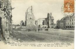 Cpa62 ARRAS , Ww1, La Petite Place Et L'hotel De Ville Après Le Dernier Bombardement , Voyagée - Arras