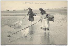 CPA Berck Plage - Pêcheuses De Crevettes - Non Circulée - Berck