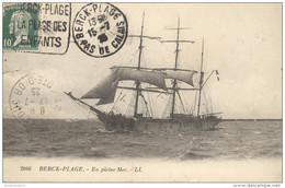 CPA Berck Plage - En Pleine Mer - Circulée En 1925 - Berck