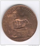 Médaille Société Archéologique De L'Orléanais - 32 Mm - Datée 1848 - Cuivre - Professionals / Firms