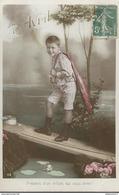 CPA 1er Avril - Présent D'un Enfant Qui Vous Aime ! - Non Circulée - Timbre Bricolé - April Fool's Day