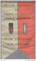 Fanion Rallye Militaire Des Cadres De Réserve - Finale Nationale - St Cyr Coetquidan - 1967 - Bandiere