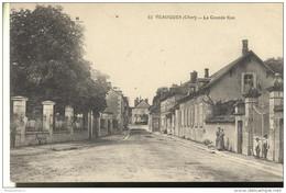 CPA Veaugues - Grande Rue  - Circulée 1920 - Autres Communes