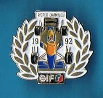 PIN'S //  ** WORLD CHAMPION / 1992 / ELF ** - F1