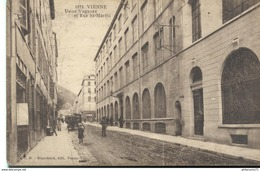 CPA  Vienne - Usine Vaganay - Rue St Martin -  Circulé - Vienne