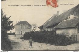 CPA  Labergement Ste Colombe - Rue De La Mairie - Circulé - Autres Communes