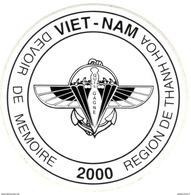 Auto-collant Viet Nam - Devoir De Mémoire 2000 Région De Thanh Hoa - Qui Ose Gagne ( 2ème RPIMA ) - France