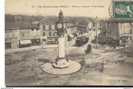 CPA  Demi Lune Tassin - Place Et Avenue Victor Hugo -  Circulée 1923 - Altri Comuni