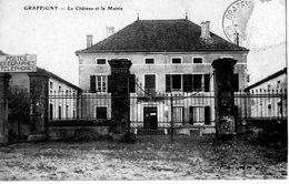 52 - Graffigny L Chateau Et La Mairie ( Rare ) - ( Timbre Arraché) - Otros Municipios