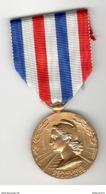 Médaille D'Honneur Or Des Chemins De Fer - Attribuée En 1975 - France