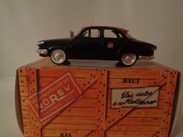 "PANHARD 17 "" Taxi G7 ""   - Norev - Solido"
