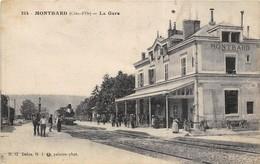 40 CP(SNCF Montbard+Revigny+La Bourboule+Nuits/R)Alésia+Gendarmerie+Festival Gym+Martinique+Aviat+Douanier+Folk+Div N°76 - Cartes Postales