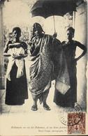 CPA - Afrique > Dahomey - BEHANZIN Ex Roi Du Dahomey Avec Ses 2 Femmes - Daté 1905 - TB. état - Dahomey
