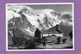 05 La Grave En Oisans  Chapelle De Ventelon Troupeau De Chévres Et Son Chevrier Photo Bernard GRANGE Plis Vertical - France