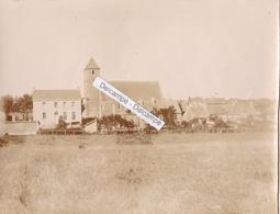 LA ROUGE  ( VAL AU PERCHE ) Années 1900/10 - Photo Originale De La Perspective Sur L'église ( Orne ) - Lieux