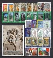 VATICANO - VATICAN - 1995 - Annata Completa - 30 Valori + 1 BF - Complete Year - ** MNH/VF - Vaticano