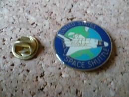 PIN'S        ESPACE  AVETTE  SPATIALE - Space