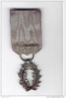 Médaille Palmes Académiques IIIème République Argent émaillée Rouge - Ruban Délavé Au Recto - Militari
