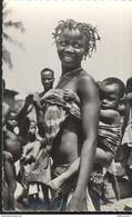 CPSM Coloniale - A.E.F. - Jeune Femme Africaine Et Son Enfant - Circulée - Afrique