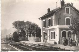 CPA  Frontenaud - Gare - Non Circulé - Autres Communes