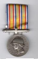 Médaille D'Honneur Des Pompiers - Poinçons 1 * - Circa 1972 - Firemen
