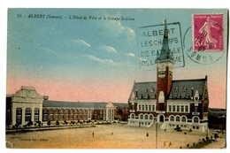 CPA 80 Somme Albert L'Hôtel De Ville Et Le Groupe Scolaire - Albert